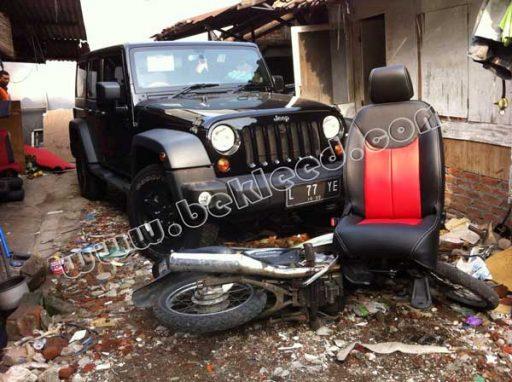 jok mobil jeep